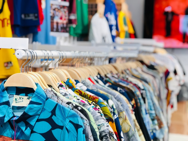 Cara Bisnis Jual Baju Secara Online